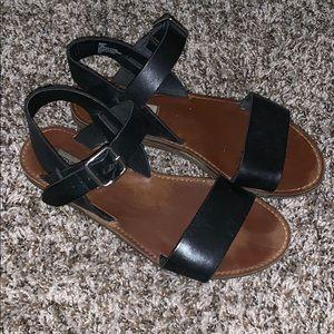 Leather ✨ Steve Madden Sandals